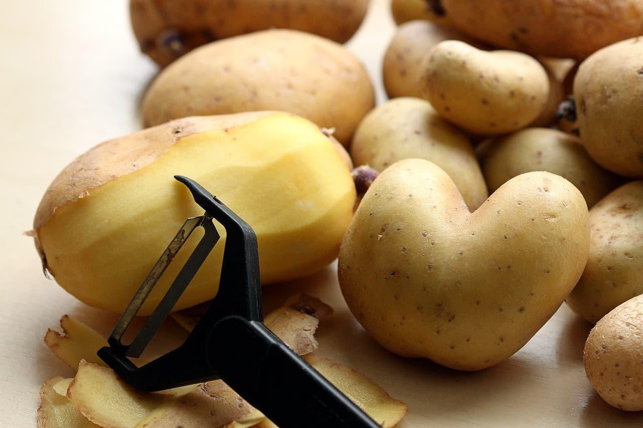 éplucheur pomme de terre